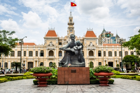 VIETNAM CAVES, KARSTS AND TREKKING TOUR