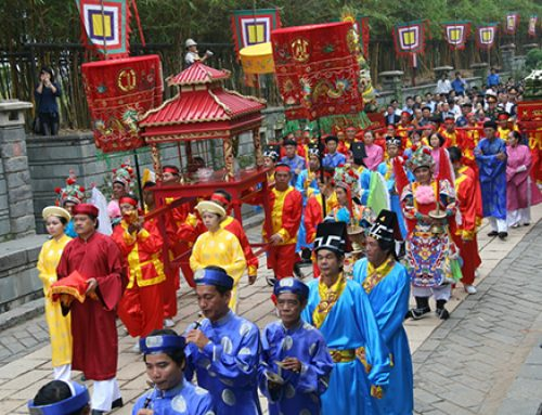 FESTIVALS IN VIETNAM