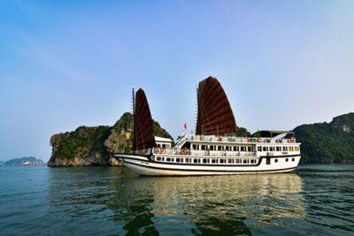 Vspirit-cruise-halong-bay-vittravel-01